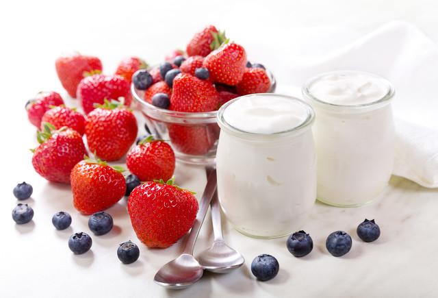 冬季酸奶怎么喝最有营养?喝酸奶时间大有讲究图1