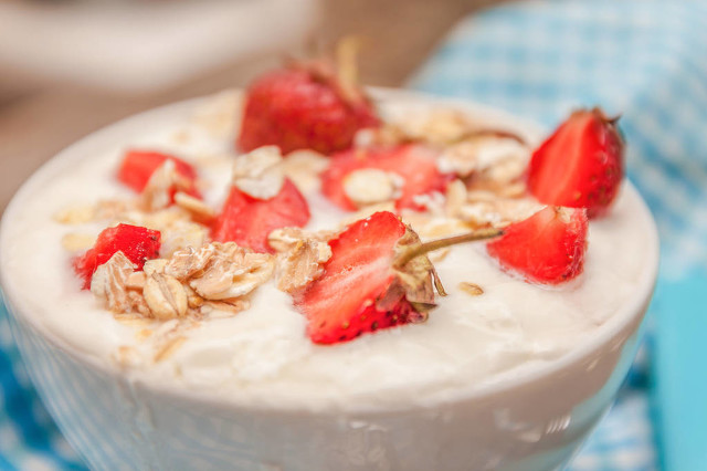 冬季酸奶怎么喝最有营养?喝酸奶时间大有讲究图2