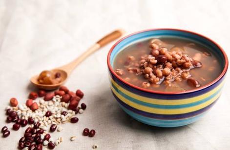 红豆薏米可以加蜂蜜吗 红豆薏米加蜂蜜有什么好处