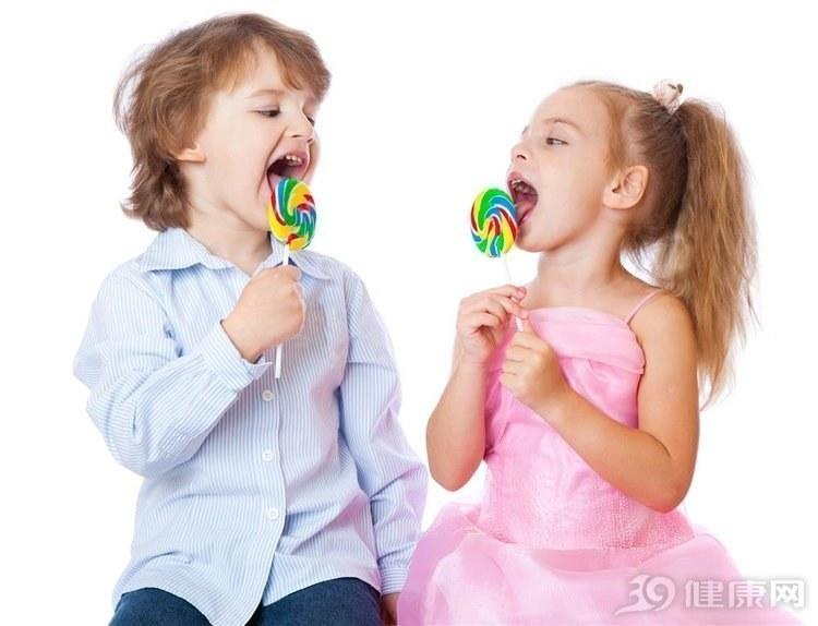 """正视:爱吃甜的人,身体会有4个""""反响"""",只是时间问题图1"""