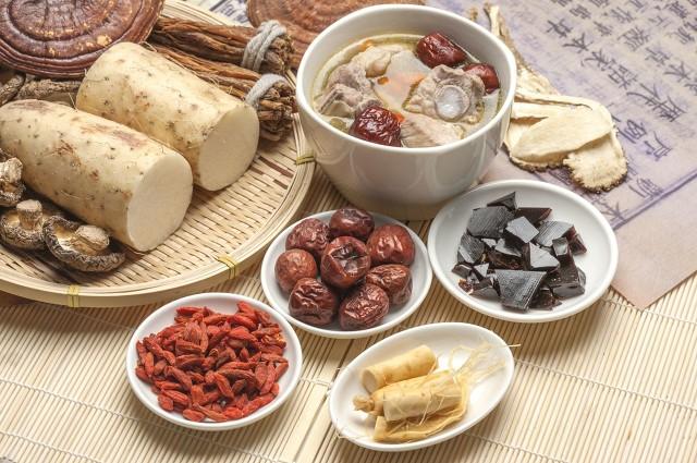 女人长期吃阿胶有哪些好处和坏处?一定要注意了!