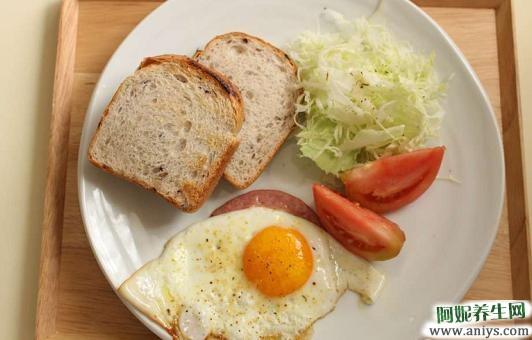 这7种食物早餐最好不要吃 长期吃可能会生病图2