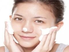 女性如何找对正确护肤方法 应对敏感肌肤