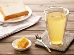蜂蜜生姜水可淡化老年斑蜂蜜生姜水可淡化老年斑图1