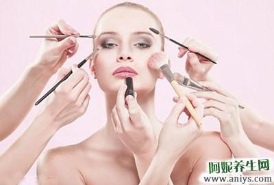 女人皮肤差:素颜时皮肤差怎么办